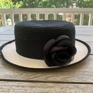 NINE WEST Straw Hat with removable Flower Pin